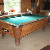 Valley Pool Table With Accessories